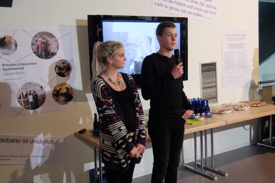 Die Ausstellung wurde auch durch die WorkshopteilnehmerInnen der Rhön-Ulstertal-Schule Geisa eröffnet